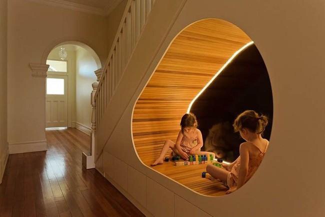 Sử dụng không gian dưới cầu thang một cách siêu thông minh giúp bạn lưu trữ hiệu quả - Ảnh 4.