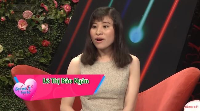 """""""Bạn muốn hẹn hò"""": Cô gái gốc Hoa """"gây lộn"""" từ MC tới quay phim, đòi rút móng bạn trai nếu còn đi bia ôm - Ảnh 14."""