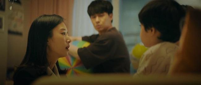 """Jang Nara bắt tại trận chồng đang ôm ấp """"tiểu tam"""", ngỡ ngàng khi biết người này chính là bạn thân? - Ảnh 5."""