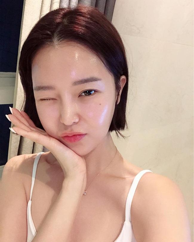 Da đẹp như gái Hàn: Chuyên gia người Hàn chia sẻ màu sắc các loại rau củ cũng tác động đến độ tươi trẻ mịn màng của làn da - Ảnh 2.