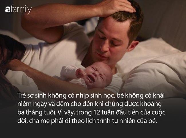 """Ban ngày thì ngủ lăn ngủ lóc, ban đêm thì tỉnh như sáo - cơn ác mộng của cha mẹ mang tên """"ngủ ngày cày đêm"""" ở trẻ sơ sinh - Ảnh 2."""