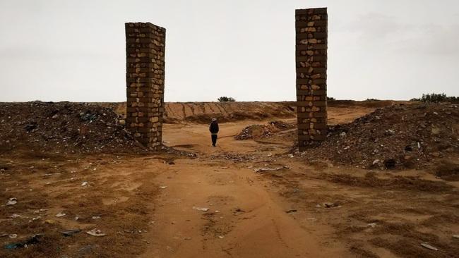 """Chuyện về người đàn ông dành cả đời để chôn cất người di cư tử nạn khi chưa kịp đến miền đất hứa: """"Tôi là gia đình của họ"""" - Ảnh 2."""