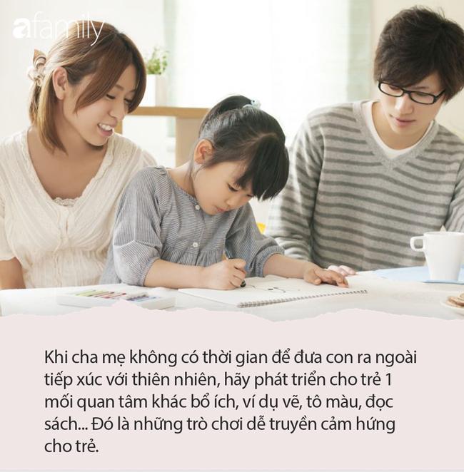 """""""Mẹ ơi, con muốn dùng điện thoại"""", câu trả lời của 2 bà mẹ quyết định tính cách tương lai của 2 đứa trẻ - Ảnh 6."""