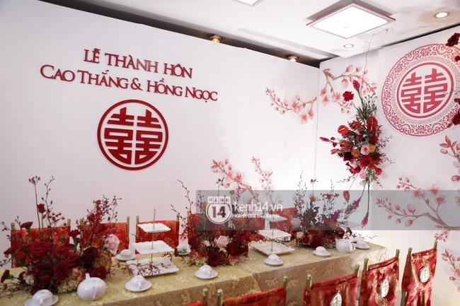 Sát giờ diễn ra lễ cưới, Đông Nhi nhá hàng khung cảnh tràn ngập hoa được chuẩn bị cho lễ vu quy, người hâm mộ thi nhau vào chúc mừng - Ảnh 8.