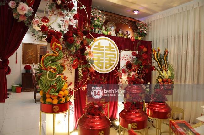 Sát giờ diễn ra lễ cưới, Đông Nhi nhá hàng khung cảnh tràn ngập hoa được chuẩn bị cho lễ vu quy, người hâm mộ thi nhau vào chúc mừng - Ảnh 7.