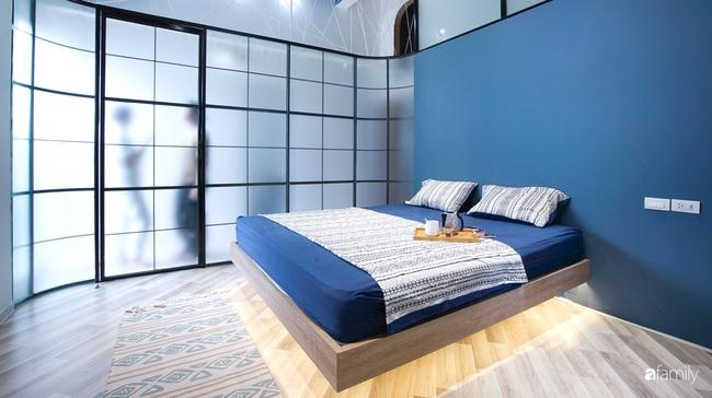 """Ngôi nhà 2 tầng mái dốc với trần bằng gỗ """"ẩn mình"""" trong căn hộ chung cư 103m2 ở Hà Nội - Ảnh 20."""