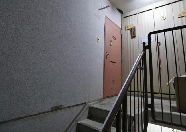 Con trai 1 tuổi qua đời vì bị súng bắn, bố mẹ đổ lỗi cho con lớn, cảnh sát điều tra biết được quá khứ đáng thương của 2 đứa trẻ - Ảnh 2.