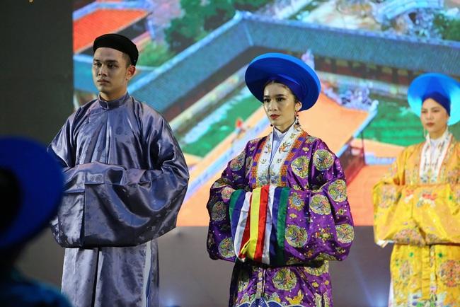 """Mãn nhãn với trang phục đẹp mắt từ phim cung đấu đầu tiên của Việt Nam, """"Phượng Khấu"""" ra mắt năm 2020 - Ảnh 5."""