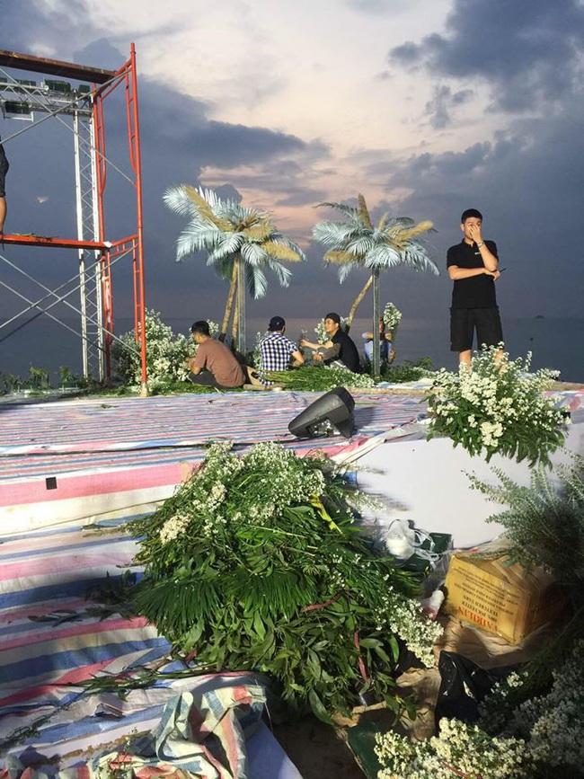 Hé lộ những hình ảnh hiếm trước giờ G siêu đám cưới Đông Nhi - Ông Cao Thắng tại Phú Quốc - Ảnh 3.