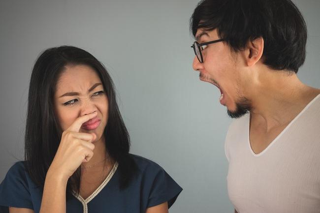 Hôi miệng không chỉ do ăn đồ nặng mùi, nó còn là dấu hiệu cảnh báo bạn đã mắc 5 căn bệnh nguy hiểm này - Ảnh 1.