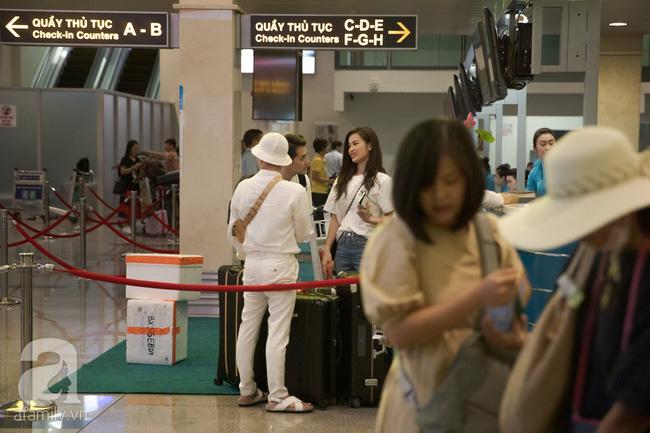 Hình ảnh hiếm hoi tại sân bay ra Phú Quốc của Đông Nhi - Ông Cao Thắng trước đám cưới, bất ngờ nhất là sự xuất hiện của những nhân vật này - Ảnh 2.
