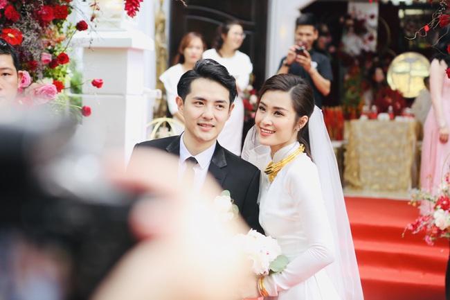 Tiết lộ chia sẻ bất ngờ của bố Ông Cao Thắng về Đông Nhi trong lễ rước dâu  - Ảnh 3.
