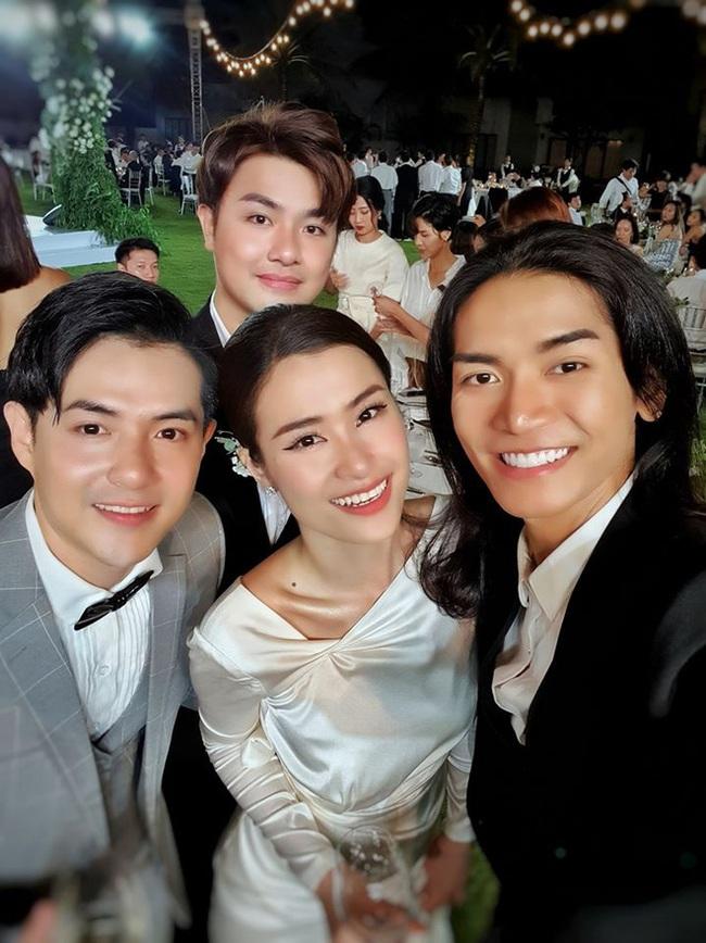 Toàn cảnh đám cưới siêu thế kỷ của Đông Nhi và Ông Cao Thắng: Cô dâu chú rể khóc hết nước mắt khi nhảy cùng bố mẹ hai bên - Ảnh 59.