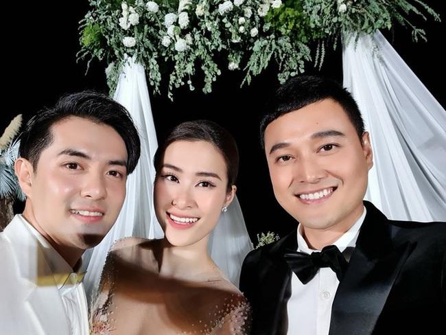 Toàn cảnh đám cưới siêu thế kỷ của Đông Nhi và Ông Cao Thắng: Cô dâu chú rể khóc hết nước mắt khi nhảy cùng bố mẹ hai bên - Ảnh 57.