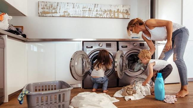 Máy giặt là một ổ vi khuẩn và đây là những gì bạn cần biết - Ảnh 1.