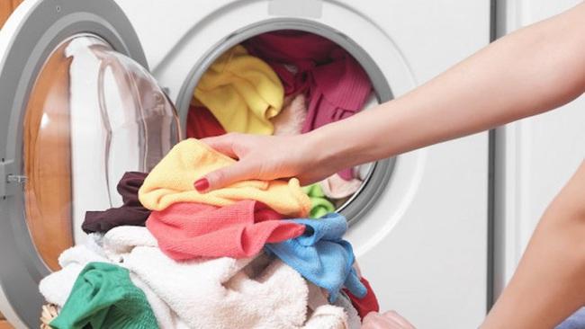 Máy giặt là một ổ vi khuẩn và đây là những gì bạn cần biết - Ảnh 2.