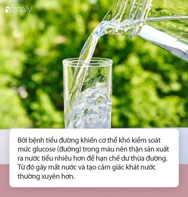 4 tín hiệu bất thường sau khi uống nước, chứng tỏ bạn đang bệnh nặng - Ảnh 3.