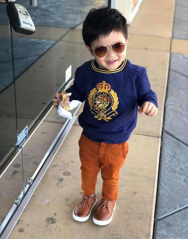 Con trai Đan Trường có cuộc sống như mơ, là tay chơi hàng hiệu, đi xe sang, sống trong biệt thự triệu đô dù chỉ mới... 3 tuổi - Ảnh 14.