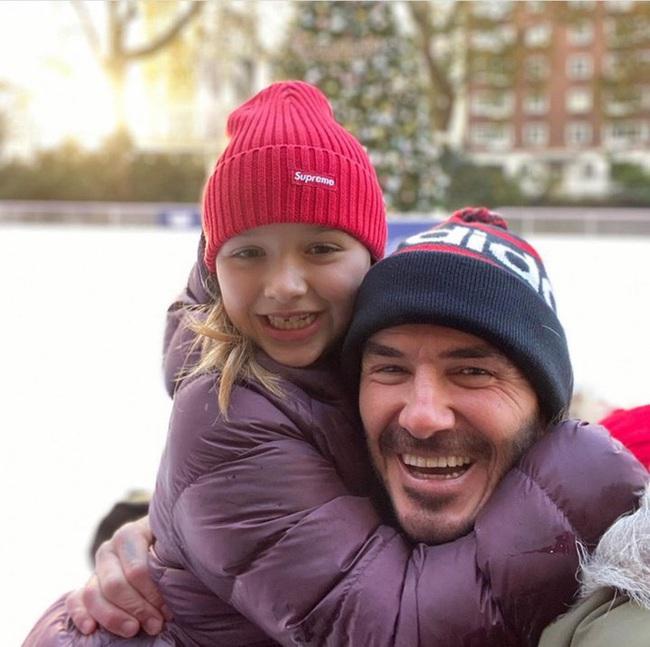 David Beckham tiếp tục công khai làm điều này cùng con gái Harper, bất chấp việc bị chỉ trích - Ảnh 3.