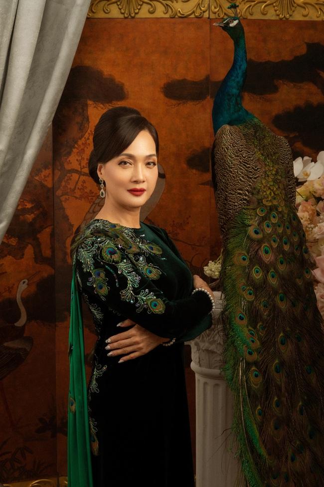 """""""Gái già lắm chiêu 3"""": Ninh Dương Lan Ngọc đẹp mê mẩn, làm dâu nhà siêu giàu của mẹ chồng Lê Khanh  - Ảnh 7."""