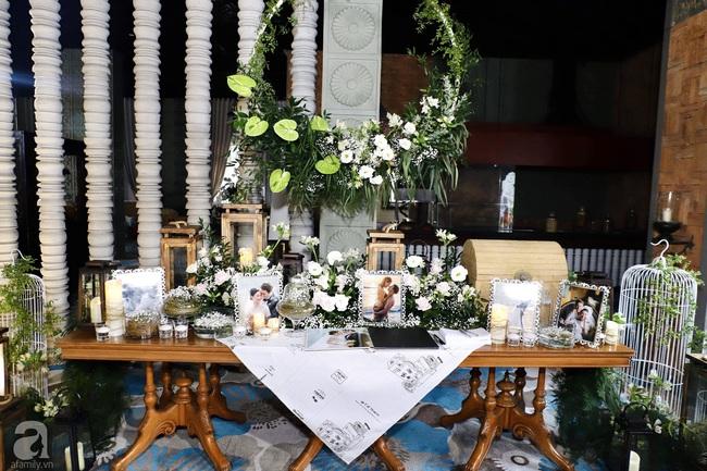 """Tiệc cưới của Á hậu Hoàng Oanh cùng ông xã người Mỹ điển trai: Cô dâu tiết lộ chuyện đặt tên con gái đầu lòng, chú rể xúc động nói """"anh yêu em nhiều lắm"""" bằng tiếng Việt - Ảnh 4."""