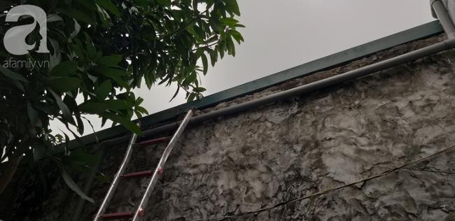 Vụ cháy nhà ở Hà Nội:Nhân chứng tham gia cứu hỏa bất lực kể giây phút phá tường, phát hiện 3 bà cháu ôm nhau ở gác xép - Ảnh 6.