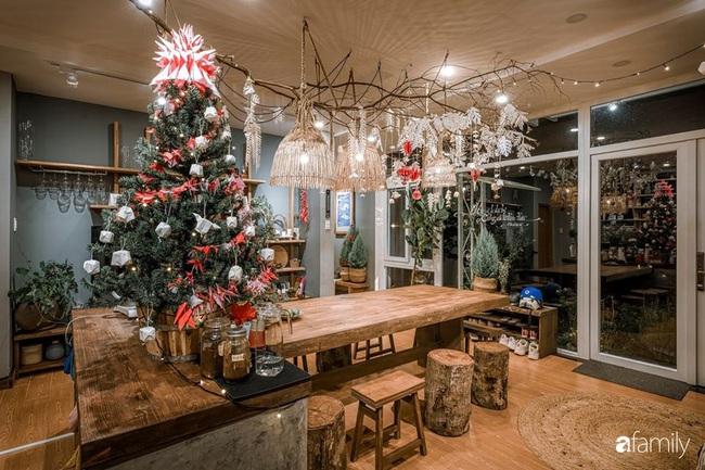 Biệt thự Đà Lạt decor đón Giáng sinh đẹp lung linh như trong cổ tích - Ảnh 9.