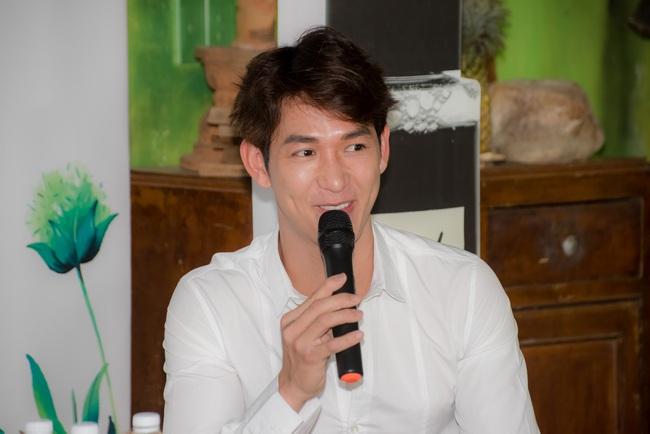 Song Luân từng bị chê bai diễn xuất, đi casting phim đạo diễn thẳng mặt bảo về làm ca sĩ đi  - Ảnh 4.