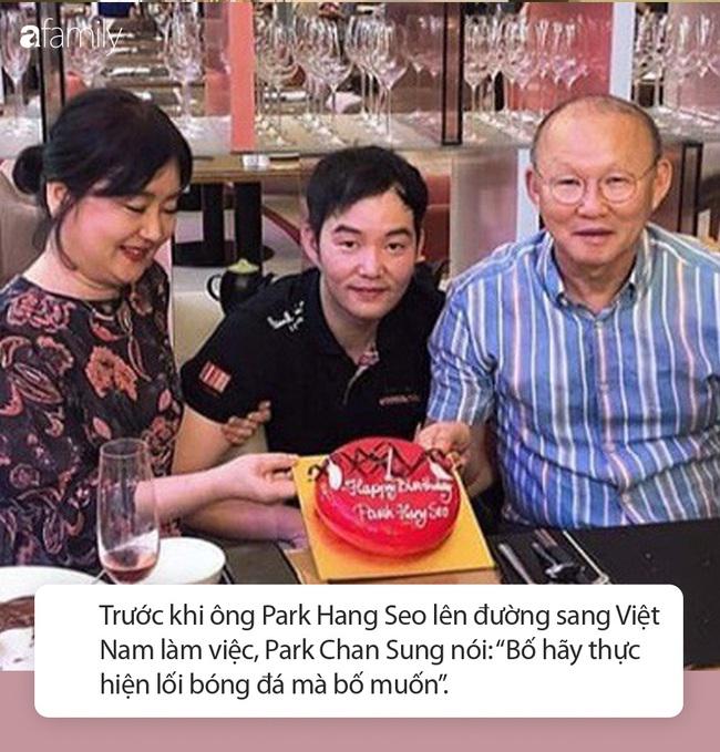 Con trai duy nhất của thầy Park Hang Seo: Từ bỏ bóng đá vì áp lực, nói 1 câu đặc biệt dẫn đến thành công hiện tại của bố  - Ảnh 4.
