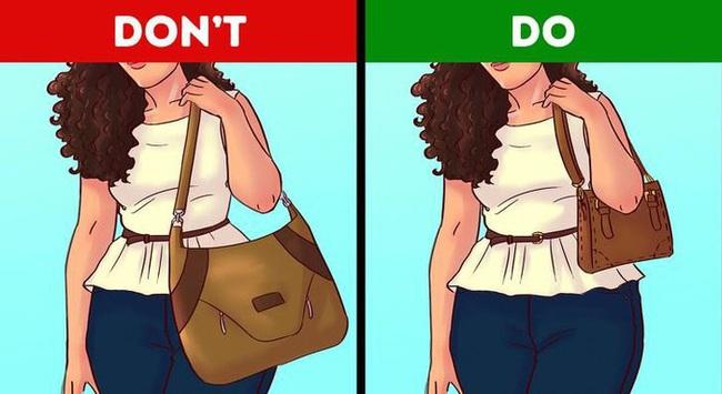 """Vóc dáng thế nào chọn túi xách thế ấy thì mới """"chuẩn bài"""" giúp style của bạn lên hương - Ảnh 5."""