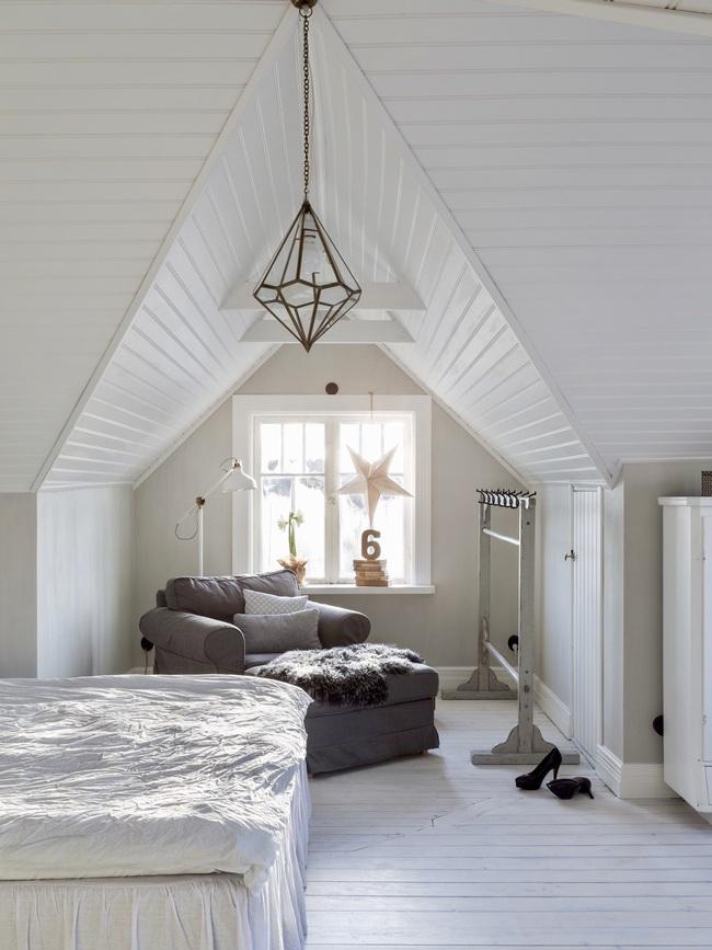 Ngôi nhà đúng chất Noel với trang trí chỉn chu từ trong ra ngoài - Ảnh 9.