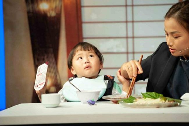 Quỳnh Trần JP lần đầu chia sẻ về nỗi đau con đầu mất ngay sau sinh, từng thức nguyên đêm trông chừng khi sinh bé Sa - Ảnh 5.