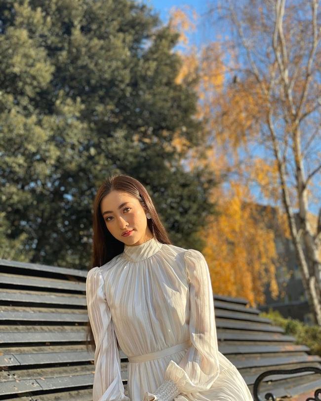 Ngay cả khi không diện đầm lộng lẫy, Lương Thùy Linh vẫn ghi điểm tuyệt đối với street style sang xịn, không lọt top 12 mới là lạ - Ảnh 1.