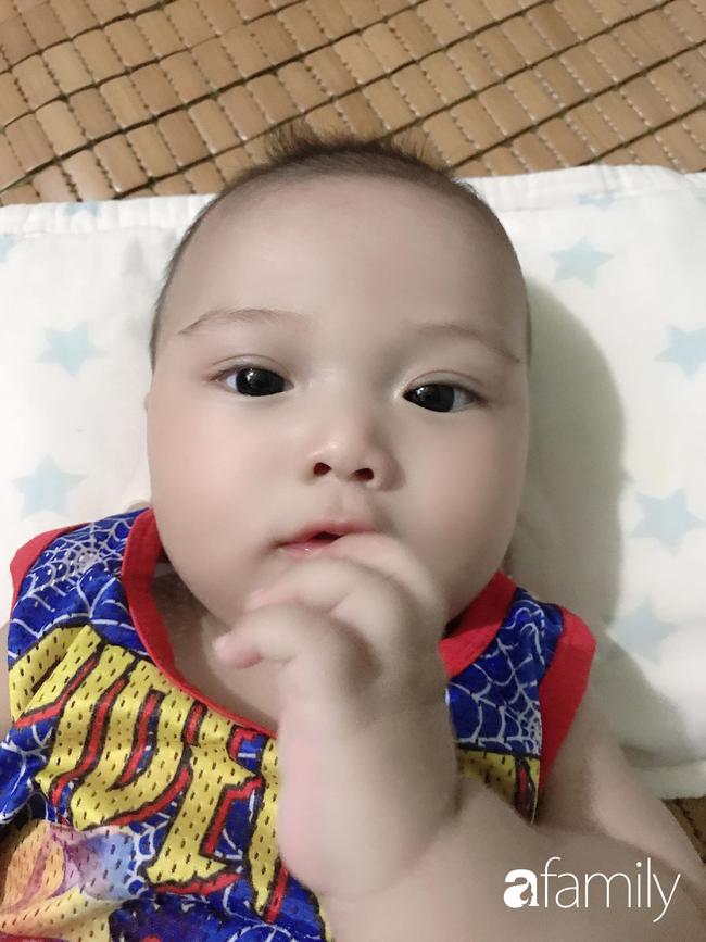 """24 tuổi, 4 năm sinh mổ 3 con, mẹ xứ Thanh khiến người khen """"siêu nhân"""", người bĩu môi """"liều quá"""" - Ảnh 4."""