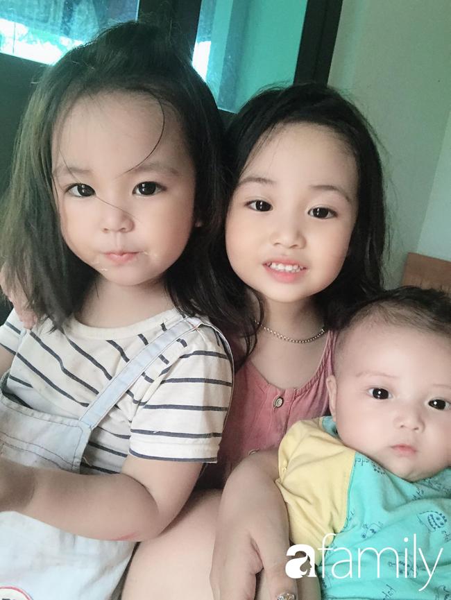 """24 tuổi, 4 năm sinh mổ 3 con, mẹ xứ Thanh khiến người khen """"siêu nhân"""", người bĩu môi """"liều quá"""" - Ảnh 1."""