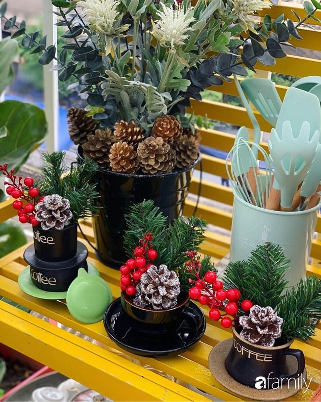 Sân thượng sắc màu rực rỡ đẹp cuốn hút đón Noel của mẹ đảm ở Nha Trang - Ảnh 6.