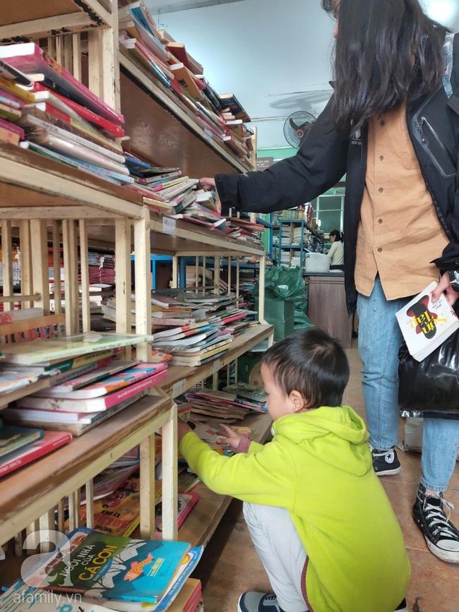 Bí kíp săn lùng sách hay giá tốt dịp cuối năm không thể không học theo của bà mẹ 3 con - Ảnh 3.