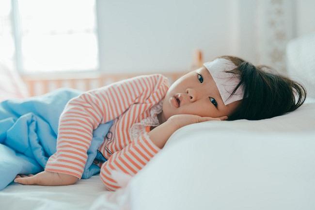 Dịch cúm đang vào đợt cao điểm, có 1 cách phòng ngừa đơn giản mà nhiều bố mẹ quên làm cho con - Ảnh 4.