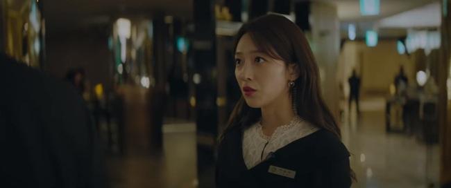 """""""Vị khách VIP"""" tập 15: Jang Nara bị """"tiểu tam"""" mặt dày xô ngã đến bất tỉnh vì không chịu ly hôn? - Ảnh 4."""