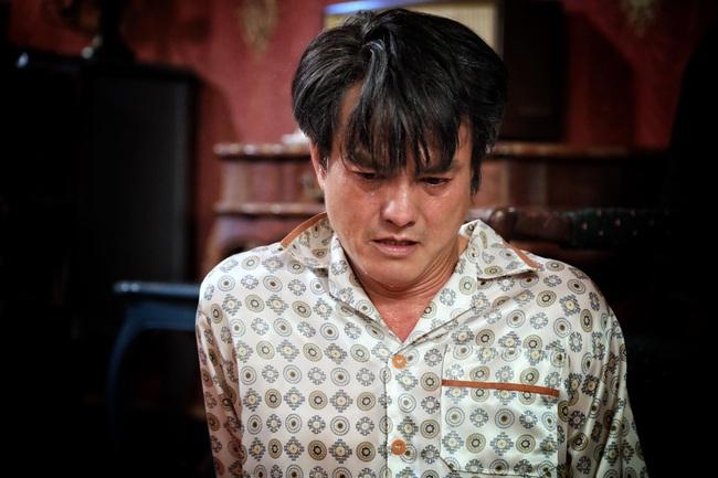 """""""Vua bánh mì"""": Rò rỉ cảnh """"Cậu Ba"""" Cao Minh Đạt bị vợ phản bội, ngã xuống đất kêu gào trong đau đớn  - Ảnh 2."""