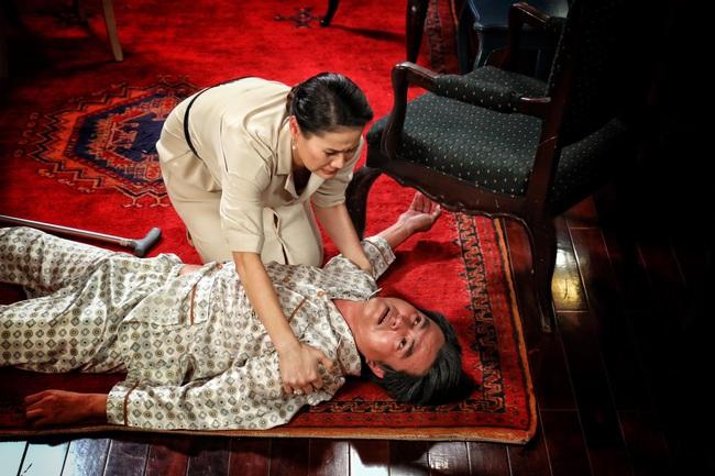 """""""Vua bánh mì"""": Rò rỉ cảnh """"Cậu Ba"""" Cao Minh Đạt bị vợ phản bội, ngã xuống đất kêu gào trong đau đớn  - Ảnh 10."""