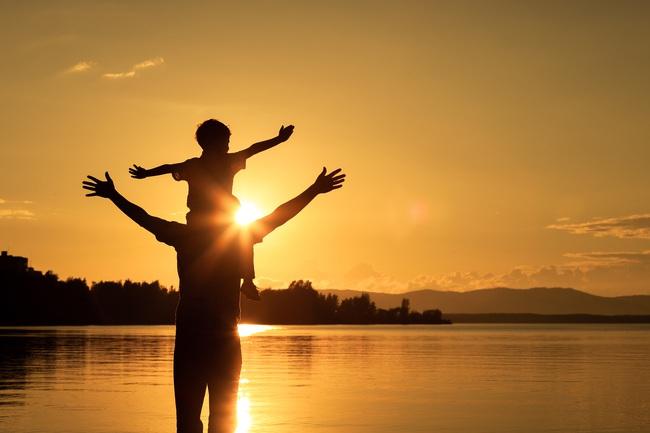 Bí mật của hạnh phúc chỉ có 2 từ, dân công sở 4.0 ai cũng biết nhưng chẳng mấy ai làm được - Ảnh 2.