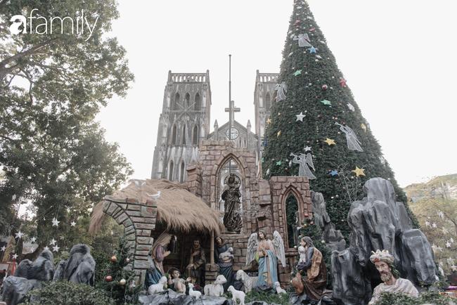 """Noel 2019 cận kề, loạt địa chỉ trang trí hoành tráng như nhà thờ Lớn, trung tâm thương mại sẽ là gợi ý """"sống ảo"""" cực xịn cho hội chị em Hà Nội - Ảnh 7."""