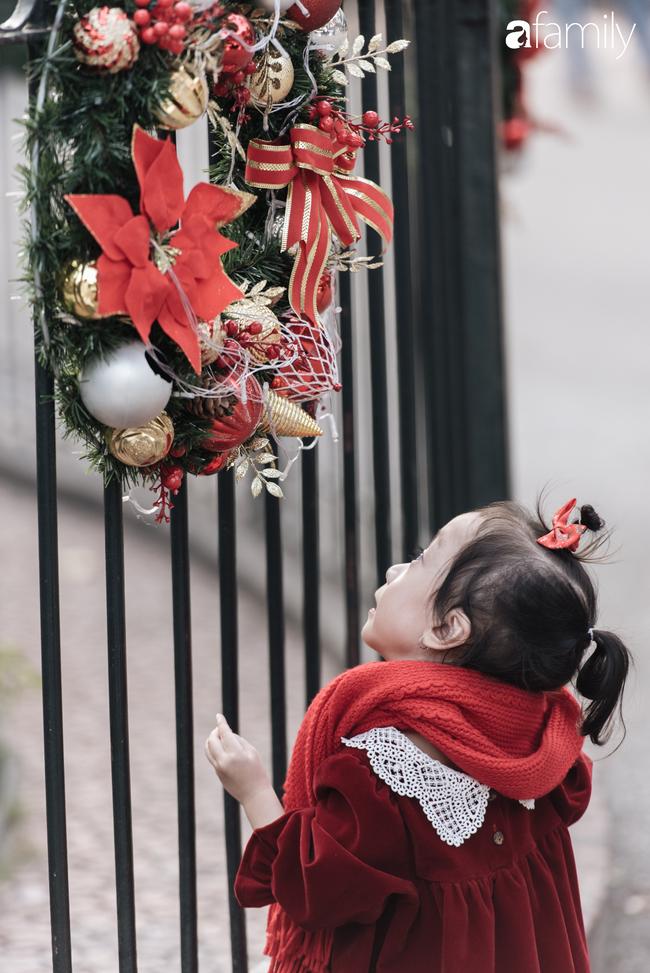 """Noel 2019 cận kề, loạt địa chỉ trang trí hoành tráng như nhà thờ Lớn, trung tâm thương mại sẽ là gợi ý """"sống ảo"""" cực xịn cho hội chị em Hà Nội - Ảnh 9."""