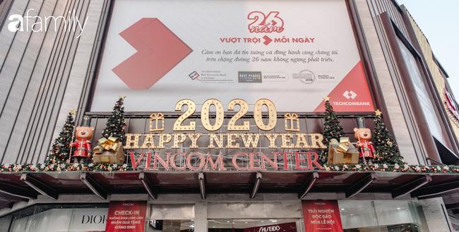 """Noel 2019 cận kề, loạt địa chỉ trang trí hoành tráng như nhà thờ Lớn, trung tâm thương mại sẽ là gợi ý """"sống ảo"""" cực xịn cho hội chị em Hà Nội - Ảnh 20."""
