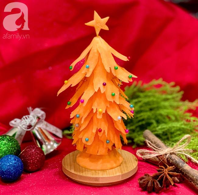 Mang không khí Noel lên bàn ăn với cách tỉa cà rốt thành cây thông siêu cute, vụng mấy cũng làm được - Ảnh 7.
