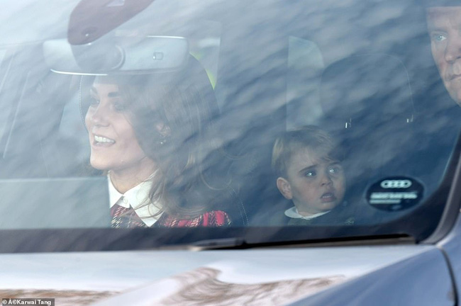 Gia đình Công nương Kate hiếm hoi xuất hiện đông đủ, hình ảnh mới nhất của Hoàng tử út Lousi khiến ai cũng giật mình xuýt xoa - Ảnh 2.