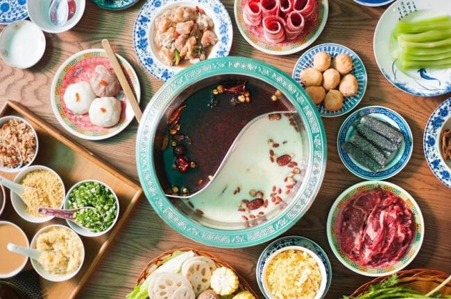 Ăn lẩu mùa Đông tuyệt ngon nhưng không phải ai ăn cũng tốt cho sức khỏe, nhất là những nhóm người này - Ảnh 4.