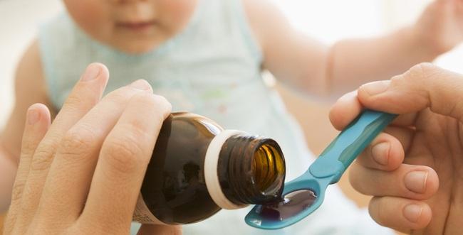 Tất tần tật những loại thuốc và dụng cụ y tế mà cha mẹ cần mang theo khi cho con về quê ăn tết - Ảnh 1.