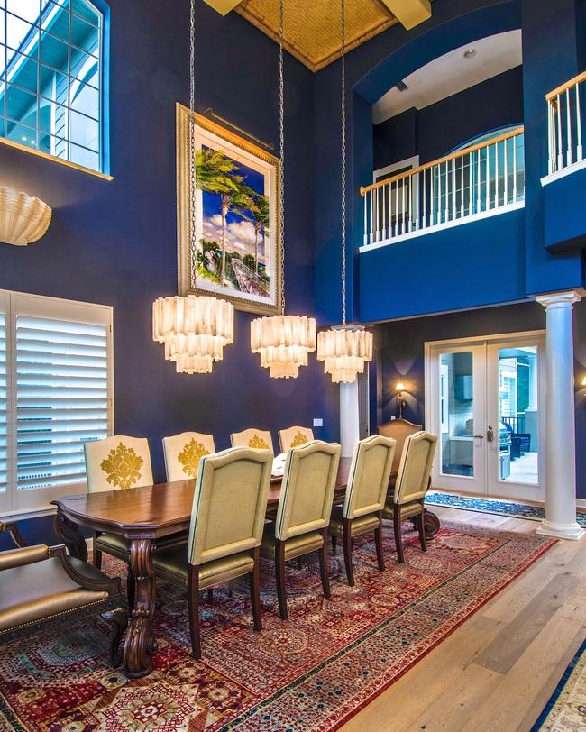 Bạn đã sẵn sàng trang hoàng ngôi nhà nhỏ của mình với gam màu xanh cổ điển của năm 2020 - Ảnh 4.